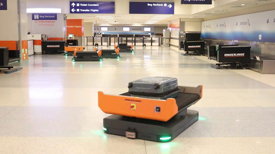 Autonomous baggage robot at Dallas Fort Worth